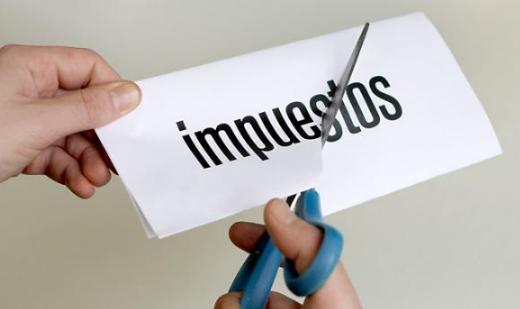 """Ignacio Blanco: """"VOX apuesta por una bajada de impuestos en Asturias porque el dinero donde mejor está es en el bolsillo de quienes lo ganan"""""""